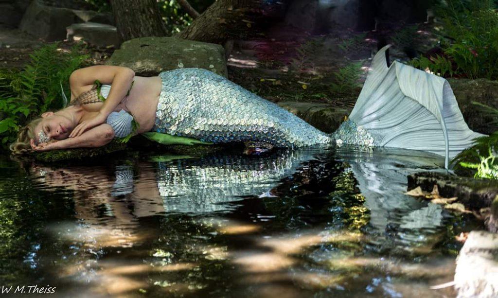 Professional mermaid